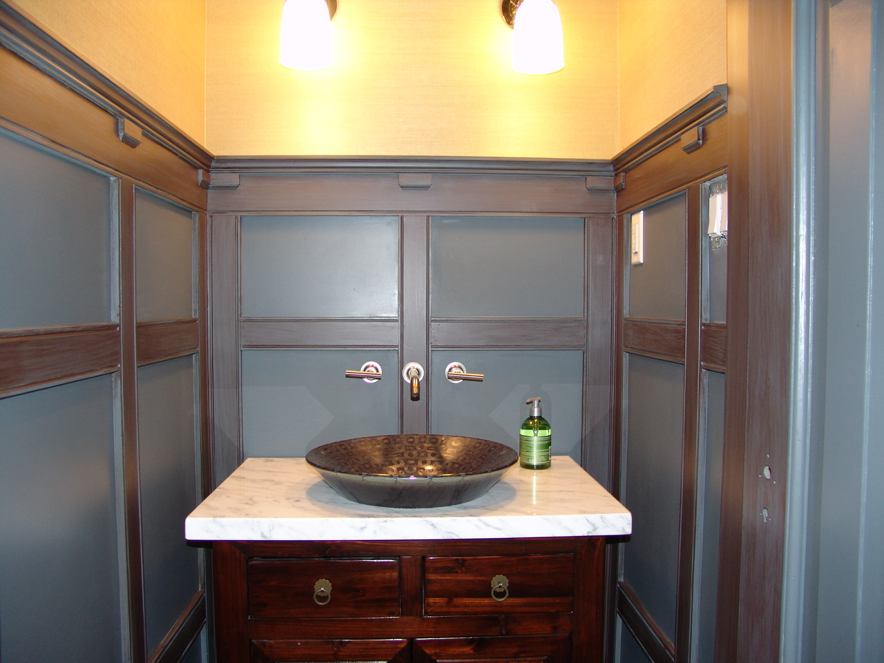 Toronto Painters: Hand Painted Tin Ceiling, Faux Finish